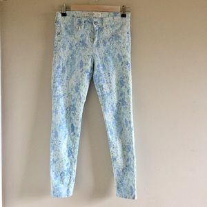 Abercrombie & Fitch Super Skinny Ankle Jeans 2/26